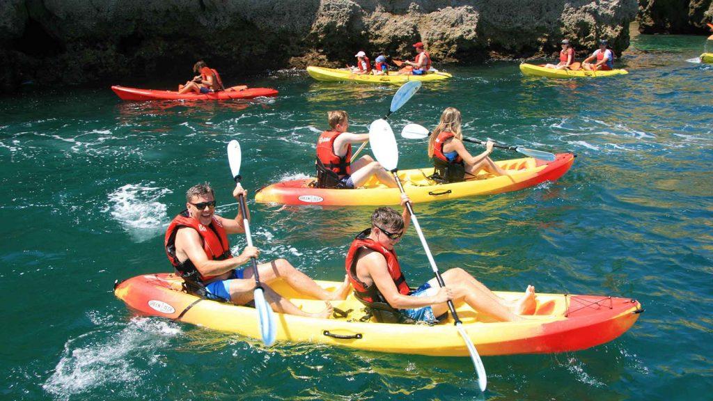 Visite a Ponta da Piedade de Kayak
